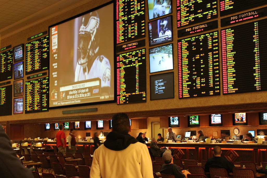 Live sports betting in las vegas professional sports bettor make living by betting lines